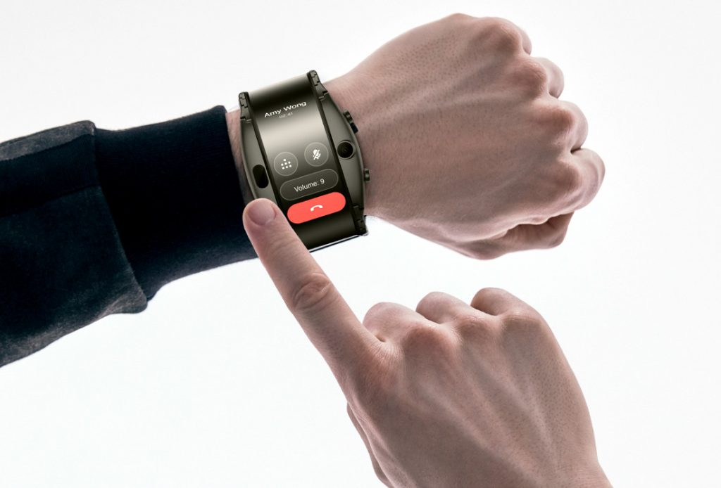 Nubia Alpha smartphone wearable arrives with eSIM and OLED flexible display